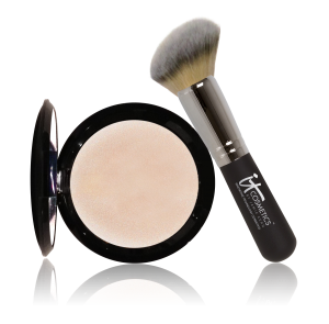 IT-Cosmetics-Hello-Light-Anti-Aging-Illuminating-Powder-with-Luxe-Angled-Radiance-Brush-1-300x295