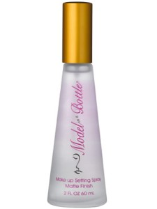 model-in-a-bottle-spray