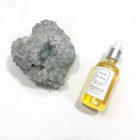Celestite_Grapefruit_Oil_Product_pic_1024x1024